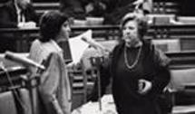 Com a amiga Natália Correia na Assembleia da República em 1987